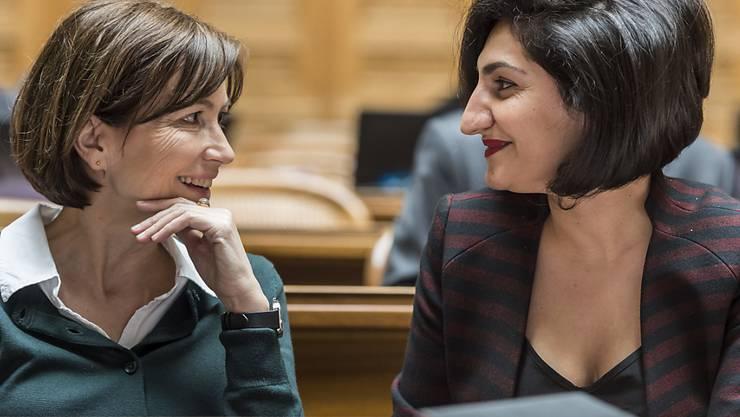 Die Basler Grünen-Nationalrätin Sibel Arslan (rechts) ist mit ihrer Idee einer gesetzlich festgelegten Frauenquote auf Wahllisten für den Nationalrat gescheitert. (Archiv)