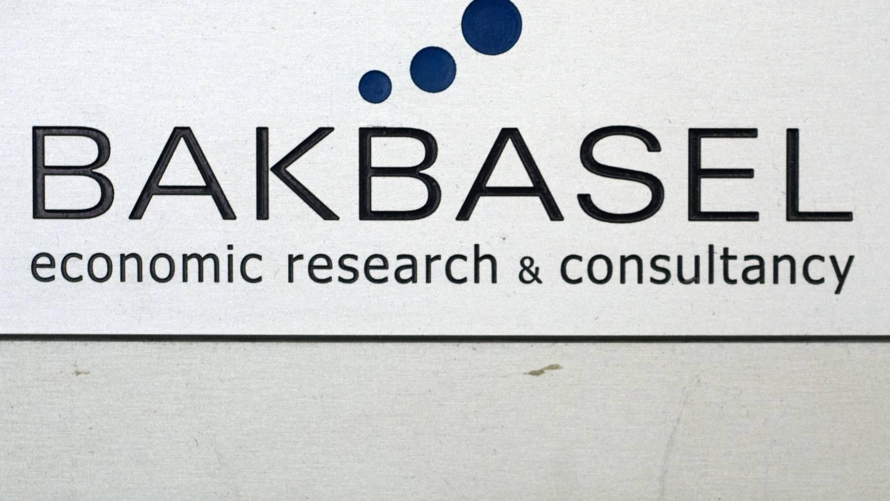 BAK Economics stellt seine Kompetenz in den Dienst betroffener Unternehmen.