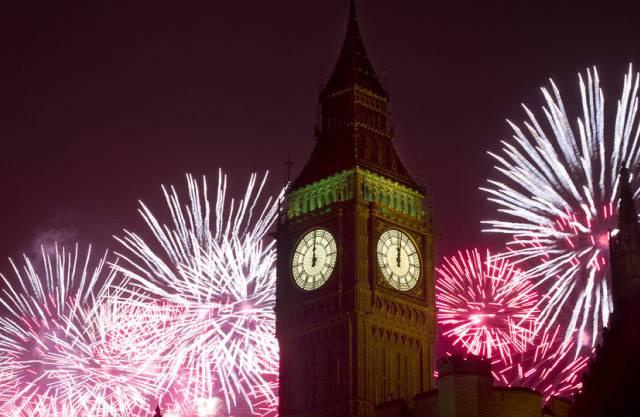 Feuerwerk beim Londoner Big Ben
