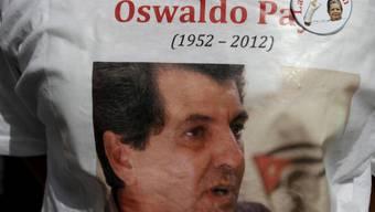 Ein Bild des bekannten Dissidenten Oswaldo Payà auf einem T-Shirt