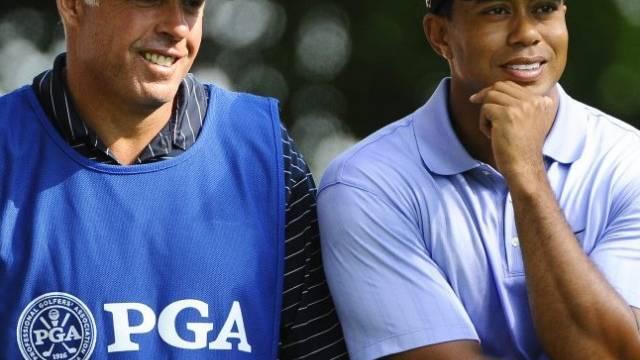 Tiger Woods und sein Caddy haben gut lachen