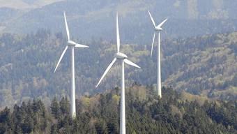 Windenergieanlagen: Kaum einer will Ökostrom kaufen (Archiv)