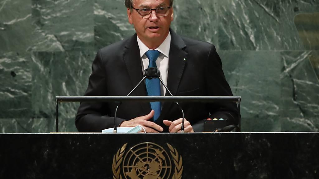 Ungeimpft, mit Maske: Bolsonaro rechtfertigt bei UN Corona-Vorgehen