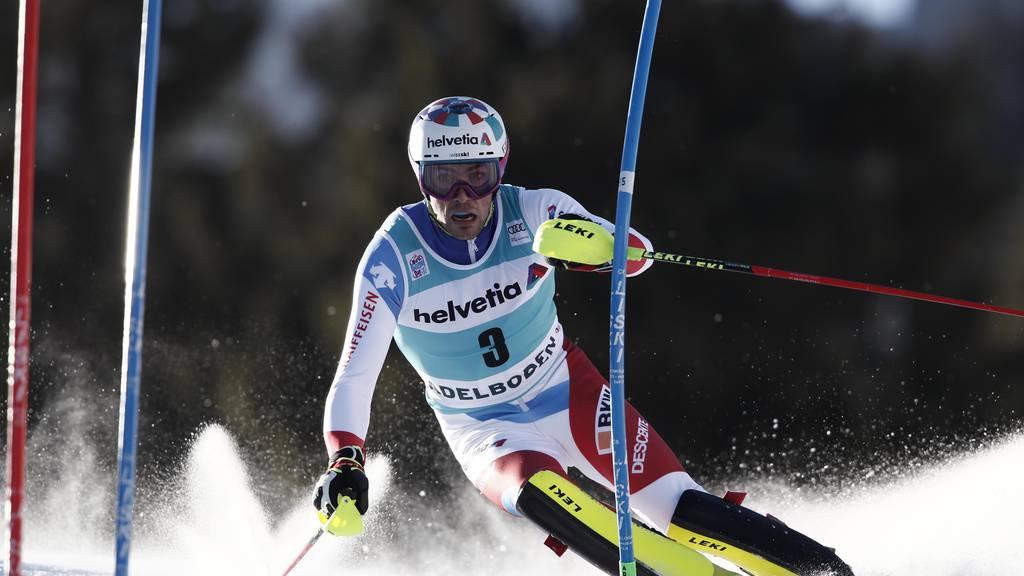Daniel Yule beim Slalom in Adelboden.