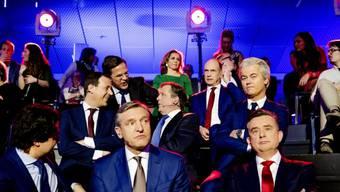 Die Chefs von 14 Parteien nahmen an der TV-Debatte am Dienstagabend teil.