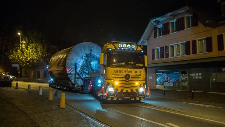 Ein Biertransport rollte in der Nacht auf Montag durchs Niederamt.