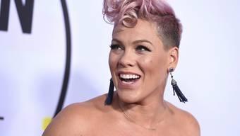 Sie tritt in die Fussstapfen von Alicia Keys, Kelly Clarkson oder Lady Gaga: Sängerin Pink tritt am Super Bowl auf. (Archivbild)