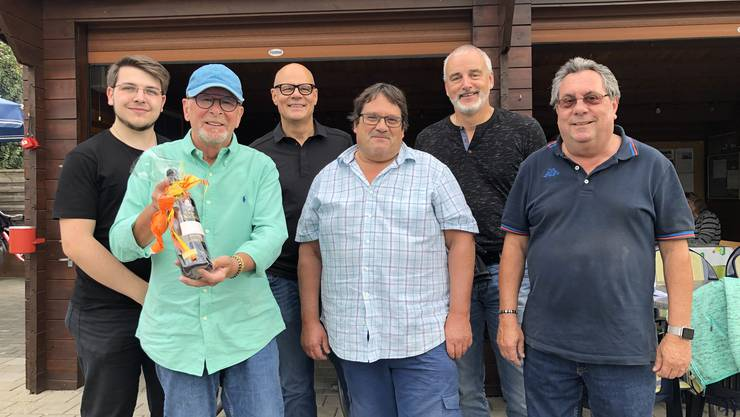 (Foto v.l.: Hasler Samuel, Präsident SVP Buchs AG; Wolfgang Schibler, Spielleiter; Urs Affolter, Gemeindeammann; Tony Süess, GR; Anton Kleiber, GR; Hansruedi Werder, Vizeammann)