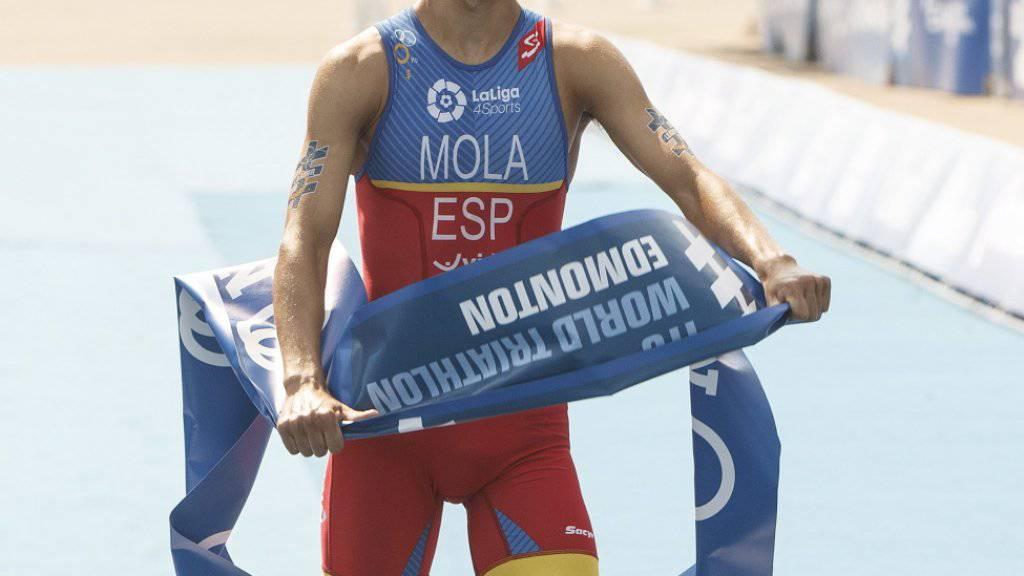 Mario Mola verteidigte den Triathlon-WM-Titel mit Erfolg. Der Spanier erreichte zum Abschluss der WM-Serie am Grand Final in Rotterdam den 3. Rang