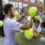In New York beliebt und immer näher an seiner Topform: Stan Wawrinka am Samstag im Training, bevor er in der Nacht auf Montag den Titelverteidiger Novak Djokovic herausfordert