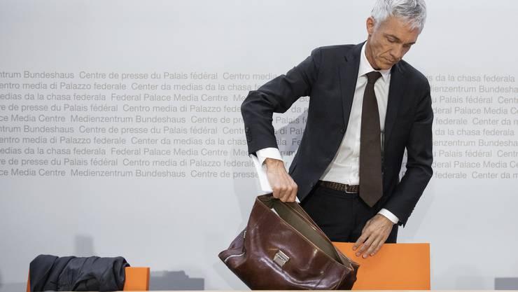 Schweizer Bundesanwalt Lauber hört Ende August auf — FIFA-Skandal