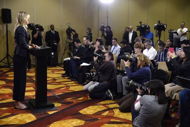 Die Medien spekulierten vorgängig, ob sie zurücktreten werde.