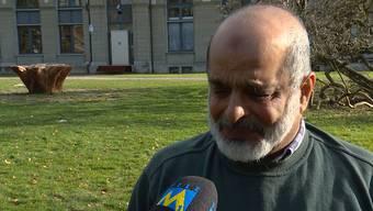 Den Tränen nahe: Malik Allawala, Sprecher des Verbands der Aargauer Muslime, im Interview mit Tele M1
