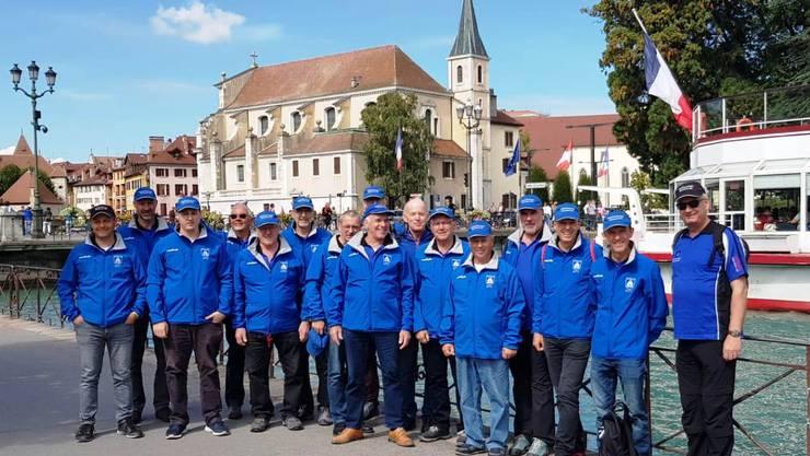 16 Turner vor der Kirche St-François, Annecy