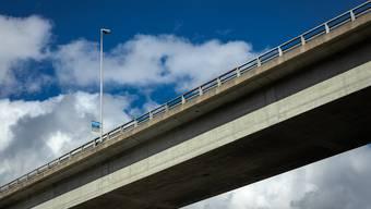 Die Strassenbrücke von Wettingen nach Neuenhof wird saniert.