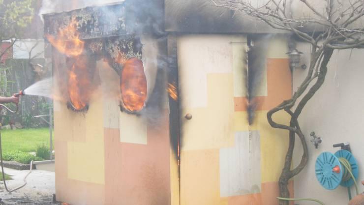 Das Häuschen – ein Raub der Flammen.