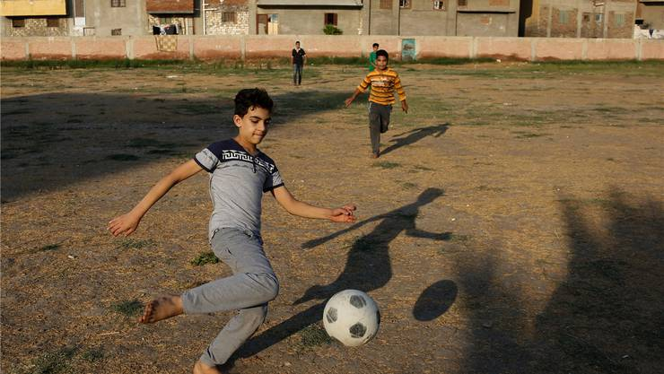 Kaum Grasbüschel: Hier hat auch Klein Salah stundenlang gekickt.
