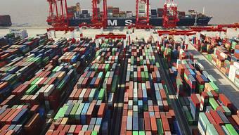 Die Strafzölle gegen China lassen laut Studie die Zolleinnahmen der USA um 22,5 Milliarden Dollar ansteigen. (Archivbild)