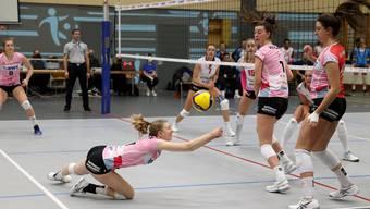 Annalea Maeder rettet den Ball.