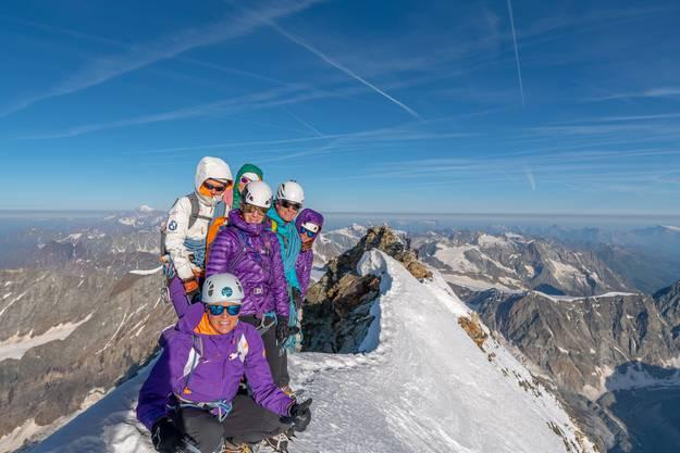 Geschafft: Erinnerungsfoto auf dem Gipfel
