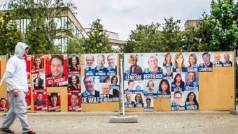 Die Wahlplakate für die Europawahlen in Brüssel. (Archiv)