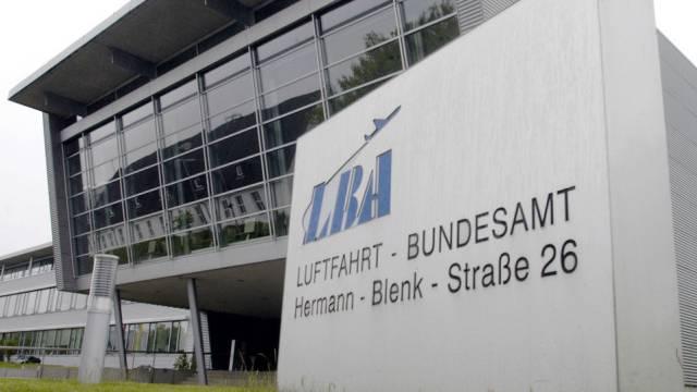 War nicht informiert worden: Luftfahrtbundesamt (Archiv)