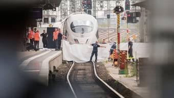 Schreckliche Tat: Der Tatort im Frankfurter Bahnhof.