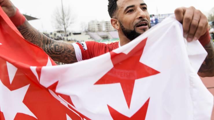 Walliser Jubel in Lausanne: Doppeltorschütze Carlitos feiert den wichtigen Sieg im Abstiegskampf