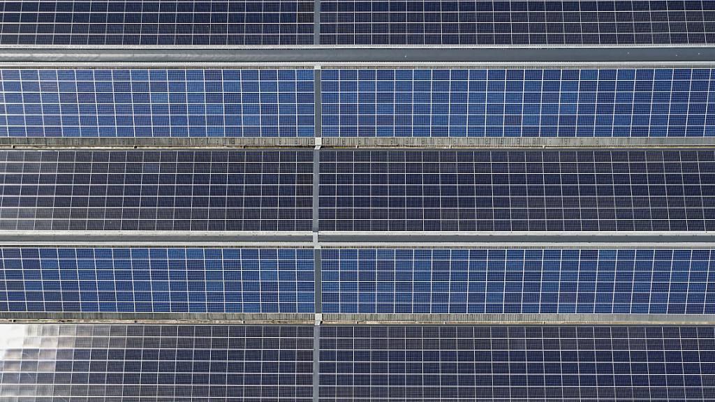 Nur wenige kantonale Dächer für Solaranlagen geeignet