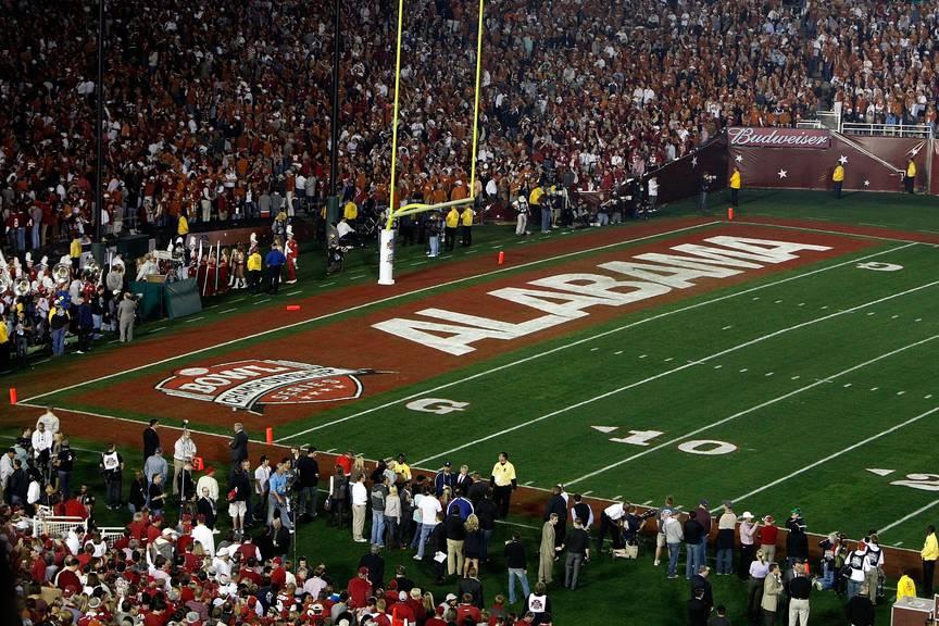 Das Feld hinter der 0-Yard-Linie (dort, wo Alabama steht), ist die Endzone. (Jeff Gross/Getty Images)
