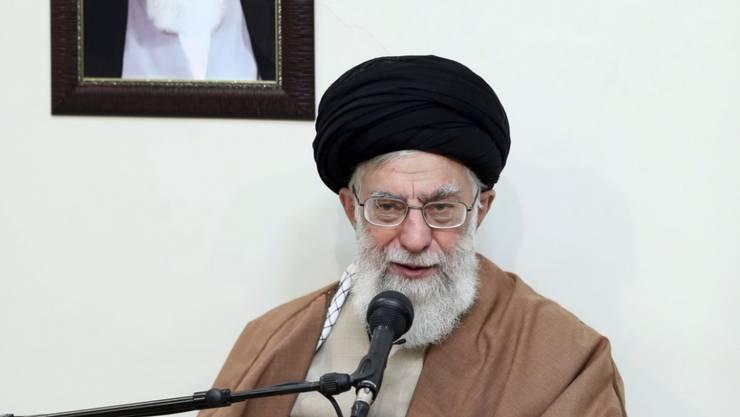 Irans oberster Führer Ajatollah Ali Chamenei macht das Ausland für die Proteste im Land verantwortlich.