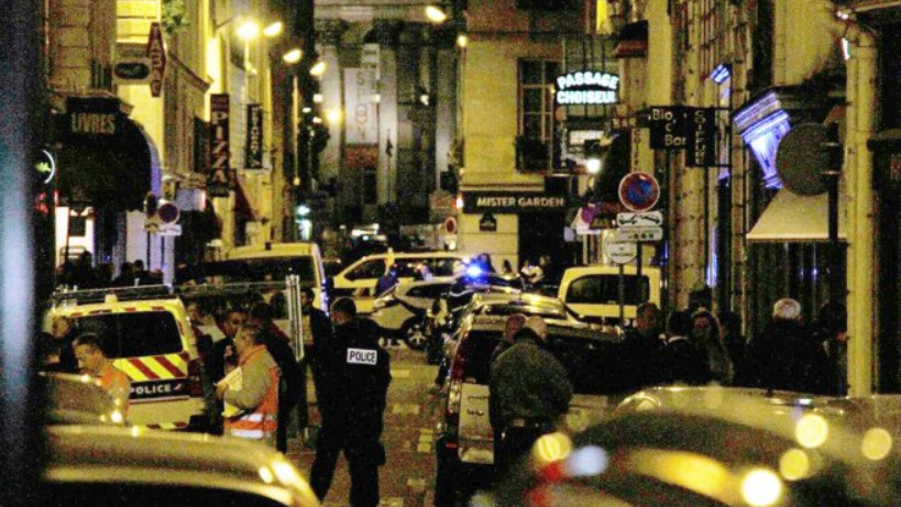 Tödliche Messer-Attacke in Paris