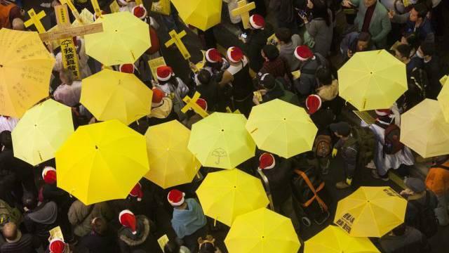 Gelbe Regenschirme als Symbol der Demokratiebewegung in Hongkong