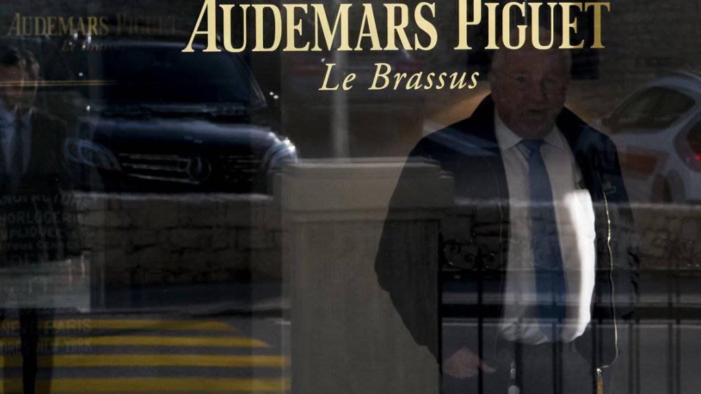 Die jurassische Uhrenmanufaktur Audemars Piguet zieht sich nach 2019 von der Uhrenmesse in Genf zurück.(Archivbild)
