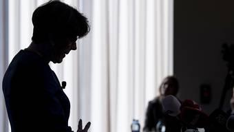 Die zurückgetretene Post-Chefin Susanne Ruoff muss auf ihre Boni warten. (Archivbild)