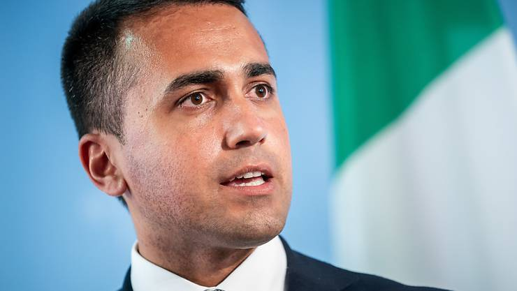 FILED - Der italienische Außenminister Luigi Di Maio ist angesichts des nahenden Corona-Impfstoffs optimistisch. Photo: Michael Kappeler/dpa Pool/dpa