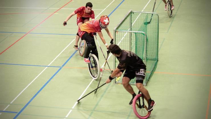Die Einradhockeyspieler aus Olten starten mit einem Turniersieg in die neue Saison