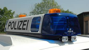 Die Polizei ergriff Warnmassnahmen und sperrte die Autobahn ab Kirchberg. (Symbolbild)