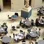 Im kommenden Herbstsemester wird es wohl keine freien Tische mehr geben. Im Bild: Der Lichthof im Hauptgebäude der Uni Zürich. (Archivbild)