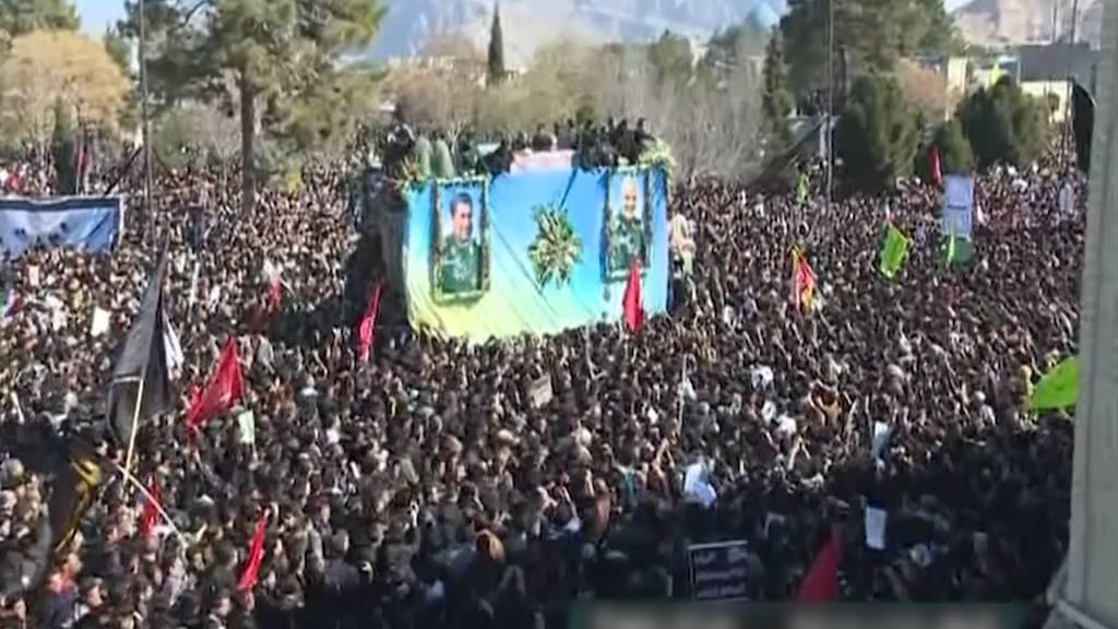 Massenpanik bei Soleimani-Begräbnis: Mindestens 35 Tote