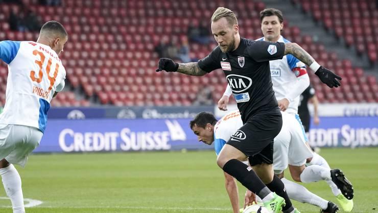 Der FC Aarau (im Bild Neumayr) beim 0:0 gegen GC - ein Resultat symbolisch für die Ausgeglichenheit der beiden Teams