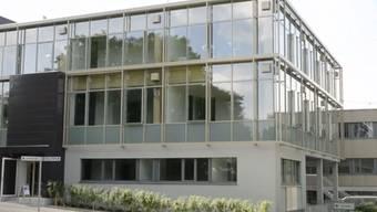 Zürich - 2.6.2015 - Ein Haus aus reinem Schweizer Holz. Die ETH eröffnet auf dem Hönggerberg das House of Natural Resources. Das Bürogebäude dient als Labor für nachhaltiges Bauen und zum testen neuer Technologien.