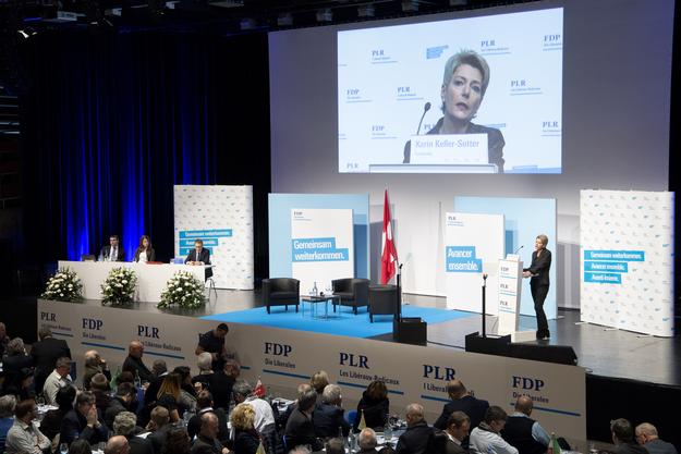 Im Moment tabu: Delegiertenversammlungen mit mehreren hundert Teilnehmern wie hier bei der FDP sind noch verboten.