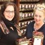 Die Inhaberinnen des Jakaranda-Teelädelis: Melanie Vock und ihre Mutter Eveline Vock-Notter.