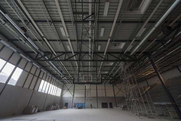 Darin enthalten: zwei Dreifachhallen, davon eine Wettkampfhalle mit Platz für 2000 Zuschauer,...