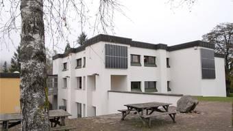 Weil die Schüler im Sommer nach Zürich abwandern, steht das Schulhaus Blöleboden in Kaiserstuhl bald leer.