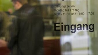 Drei Männer stehen wegen versuchter Tötung vor dem Basler Strafgericht. (Archiv)