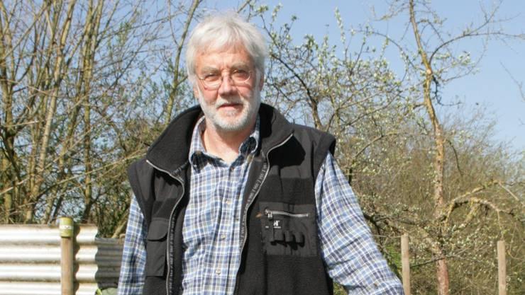Marco Paroni (61) möchte aufs Alter das Imkern ausbauen.  Fotos: ama Marco Paroni (61) möchte aufs Alter das Imkern ausbauen.  Fotos: ama Marco Paroni (61) möchte aufs Alter das Imkern ausbauen. Fotos: ama
