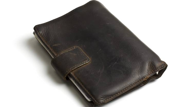 Angestellter soll sich an Brieftasche seiner Firma bedient haben (Symbolbild).