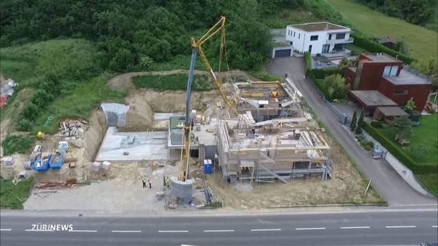 Bauarbeiter von Kran getötet